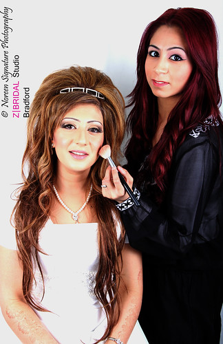 "Z Bridal Makeup Training Academy  69 • <a style=""font-size:0.8em;"" href=""http://www.flickr.com/photos/94861042@N06/14781446923/"" target=""_blank"">View on Flickr</a>"
