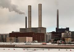 IMG_9130 - Twin pipes (ragnarfredrik) Tags: byer helsinki industri industry chimney pipes steam