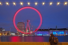 Solo nell'universo / Alone in the universe (London Eye, London, United Kingdom) (AndreaPucci) Tags: londoneye uk thames engòan england andreapucci canoneos60