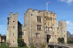 Hever Castle, Kent (Lark Ascending) Tags: hevercastle anneboleyn annebullen castle tudor astorfamily astors stone monument keep drawbridge moat portcullis