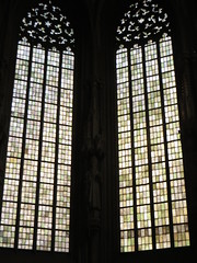Vitraux, église gothique Saint Lambert (XIVe siècle), Prinzipalmarkt,  Münster, Rhénanie-du-Nord-Westphalie, Allemagne. (byb64) Tags: lambertikirche saintlambert prinzipalmarkt münster mönster westphalie rhénaniedunordwestphalie nordrheinwestfalen northrhinewestphalia renaniadelnortewestfalia renaniasettentrionalevestfalia westfalen westphalia westfalia vestfalia allemagne deutschland germany germania alemania europe europa eu ue rfa nrw église church chiesa kirche iglesia igreja igrexa überwasserkirche xve 15th moyenage medioevo middleages edadmedia clocher gothique gotico gothic artgothique anabaptistes anabaptisme clemensvongalen vitrail stainedglass vetrata