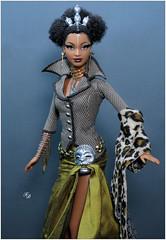 Byron Lars: Tatu (2003) (FashionDragon) Tags: tatu africanamerican blackbarbie fashionroyalty fashiondoll designerdoll byronlars jasonwu stephenburrows bobmackie integritytoys