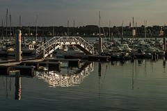 la passerelle (valérylamoure) Tags: sea boat reflets passerelle saint cast miroir sunset