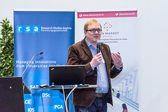 "20170406_Data_Market_Austria_Salzburg_Big_Data_Meetup__39A8540 • <a style=""font-size:0.8em;"" href=""http://www.flickr.com/photos/146381601@N07/33295386384/"" target=""_blank"">View on Flickr</a>"