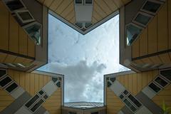 Blaakse Bos (Fotorob) Tags: zuidholland structuralisme blomp woningenenwoningbcomplx abstract eengezinswoning nederland architecture paalwoning stijl architectura architectuur rotterdam