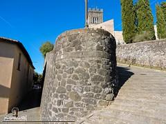 BARGA - VIVENDO A LUCCA - DUOMO DI SAN CRISTOFORO (130) (Viaggiando in Toscana) Tags: vivendoaluccait viaggiandointoscanait barga lucca duomo di san cristoforo