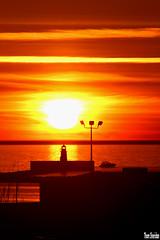 Sun Sinking (Thom Sheridan) Tags: thomsheridan greatlakes lakeerie cleveland sunset lighthouse 2017