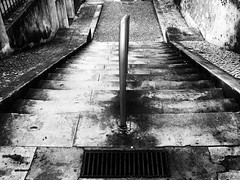 Leading down stairway (max tuguese) Tags: black noire white blanc bianco nero monochrome stairway street step sony maxtuguese outdoor down