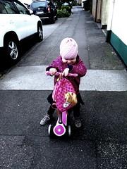 #kickboard#spring#mylittlegirl# (monami2010) Tags: kickboard spring mylittlegirl