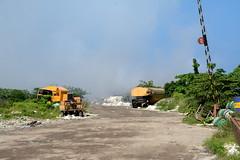 Thilafushi / ތިލަފުށި (Maldives) - Garbage Island (Danielzolli) Tags: ތިލަފުށި thilafushi garbageisland garbage müll rifiuto smieci smiec ordure residuos odpad maldives malediven dhivehi maldive maldivas maldivi мальдивы insel wyspa ostrov ostrvo otok island eiland île isla остров