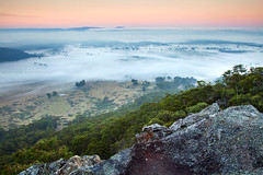 Misty Hartley Valley    MOUNT VICTORIA    BLUE MOUNTAINS (rhyspope) Tags: australia aussie nsw new south wales blue mountains mount mt vic victoria hartley valley morning sunrise mist fog misty nature weather autumn rhys pope rhyspope canon 5d mkii landscape cloud rock tree