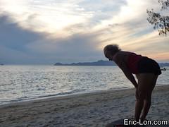 Yoga sun salutations at Kradan (19) (Eric Lon) Tags: kradanyogaavril2017 yoga sunrise salutations asanas poses postures beach plage mer thailand kradan island ile stretching flexibility etirement souplesse body corps fitness forme health sante ericlon