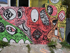 Risada Smile (Vila Madalena, Sao Paulo, Brazil, May 2014) (FRED (GRAFFITI @ BRAZIL)) Tags: brazil streetart smile brasil graffiti saopaulo sopaulo sampa brsil grafite artederua risada vilamadalena arteurbana becodobatman