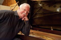 Roger Davidson - piano
