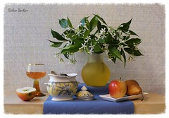 The Rhythm of the Weekend (Esther Spektor - Thanks for 6 millions views..) Tags: flowers blue red stilllife food orange brown white color reflection green bird art texture apple water glass beauty leaves yellow fruit composition canon golden amber petals spring stem beige ceramics pattern dish wine weekend linen availablelight stilleben spoon placemat fantasy slice pear vase imagination esther bouquet everydaylife tabletop lid bodegon sugarbowl naturemorte goblet artisticphotography naturamorta spektor naturezamorta coth creativephotography artdigital artofimages exoticimage estherspektor