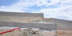 schn (IamBen.) Tags: construction wand grau nobody montpellier baustelle stein neu beton mauer grafisch nobodythere niemand