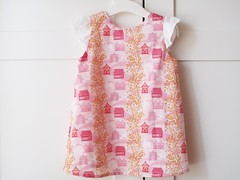 Aline dress. Baby girl, Anna Maria Horner fabric.