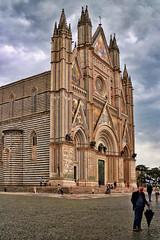 Duomo di Orvieto (Randy Durrum) Tags: italy clouds canon eos europe eu duomo orvieto durrum leuropepittoresque snapseed