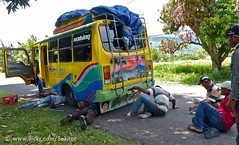 Two repair procedures from Maumere to Larantuka, Flores Timur, Indonesia (Sekitar) Tags: flores bus indonesia repair pulau timur nusa semanasanta ntt procedures lessersundaisland
