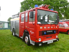 E805 BMJ (markkirk85) Tags: earls barton festival transport fire engine appliance emergency tender hertfordshire service dennis ds 153 angloco water ladder carmichael ex