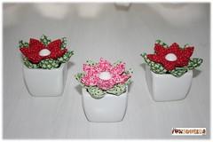 Vasinhos (mfuxiqueira) Tags: flores fuxico decoração