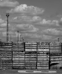 Drop zone B (Grooover) Tags: docks suffolk pallets felixstowe grooover