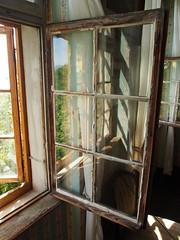 Meersburg/Bodensee (StephanieMller) Tags: window fenster ruin ruine bodensee burg meersburg lakeconstance