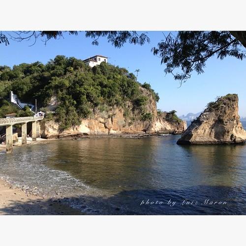 Ilha da Boa Viagem - Niterói - Brasil - sede do Gaviões do Mar  #brasil #brazil #niteroi# guiadeniteroi #appleiphone4s #nofilter #landscape #island #rio2016