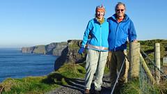 275 Brigitte+Heinz, hike zu Cliffs of Moher (roving_spirits) Tags: ireland irland irlanda irlande countyclare wildatlanticway