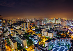 HDB Cityscape in Singapore (hackdragon) Tags: hdb housing development board government skyline cityscape low light pollution amazing beautiful wallpaper singtel ayar rajah communications tower clementi night fujifilm gfx 50s 3264mm f4 apartment