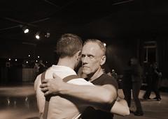 Il linguaggio del corpo (Colombaie) Tags: roma capitale lazio tango queer marathon italian degenere 2017 lgbt gay omosessuale omosessuali lesbica lesbiche insieme eterosessuali internazionale milonga spaziotiburno tiburtina tiburtino ballare gente persone danza