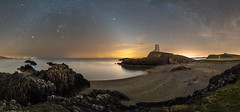 'Porth Twr Mawr Panorama' - Llanddwyn Island, Anglesey (Kristofer Williams) Tags: night sky stars milkyway zodiacallight lighthouse beach coast anglesey panorama porthtwrmawr llanddwyn llanddwynisland rocks sand nightscape landscape phenomenon sea seascape orion