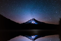 Mt. Hood and Trillium Lake Under the Stars ([ raymond ]) Tags: astrophotography forest milkyway night oregon stars trees trilliumlake mg2117editfinal