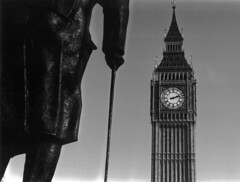 Winston (Thedeeves) Tags: winstonchurchill parliament london bigben bw handprinted brexit