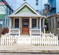 Little Fence (Me in ME) Tags: newjersey nj oceangrove fence hff house seaviewavenue