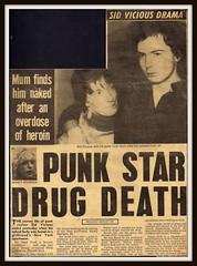 Sex Pistols 0153 (PostCardScan) Tags: punk postcard punkrock pil sidvicious anarchyintheuk stevejones holidaysinthesun johnnyrotten nancyspungen thesexpistols paulcook publicimageltd postcardscan johnlyndon