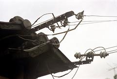 20-128 (ndpa / s. lundeen, archivist) Tags: roof color building film rooftop japan 35mm japanese kyoto nick powerlines 20 1970s 1972 eaves dewolf honshu  nickdewolf photographbynickdewolf reel20