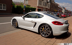 caymans-1 (Wax-it.be) Tags: white detail reflection yellow shine s porsche finish looks gloss cayman carbon protection pse detailing pccb coating durability nanocoating nanolex citringelb