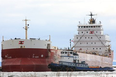 A LITTLE TUG (beverlyks) Tags: ships grain tugboat lakers lakesuperior csl thunderbay pineglen thunderbayon viterra graintrade pointvalour cslpineglentugboatpointvalour