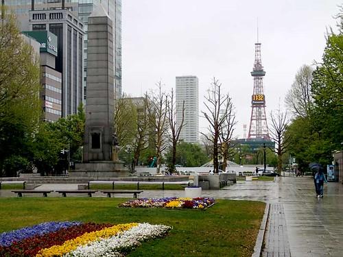 雨のテレビ塔