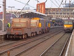 20302 & 20304 haul 6M69, Sizewell - Willesden Service through Ipswich, on a slightly misty March evening. 28 03 2014 (pnb511) Tags: train suffolk diesel railway coal ipswich locomotives sizewell drs geml class20 greateasternmainline