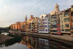 Els colors de l'Onyar (Albert T M) Tags: catalonia girona catalunya reflexes catalogne onyar