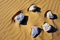 00039 Zen garden on the beach (anggarfer) Tags: detalle detail beach stone garden spain sand flickr playa minimal arena zen minimalism minimalismo cartagena minimum piedra calblanque jardin anggarfer