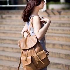 กระเป๋าเป้ แฟชั่นเกาหลีสะพายสวยเท่ทุ นำเข้า สีกากี - พร้อมส่งBBB999 ราคา950บาท กระเป๋าเป้หนัง สไตล์อินเทรนด์เกาหลีแบบเป้น่ารักแบบใหม่เทรนด์เกาหลีใส่ของได้เยอะมาก เท่เก๋สุดๆไม่เหมือนใคร รูปทรงสวยใหม่ของจริงสวย ฮิตขายดีมากๆ ทำด้วยหนังสังเคราะห์พรีเมี่ยมสวยม