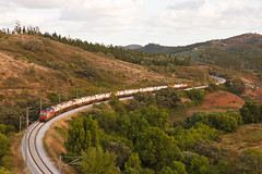 Jet Fuel (Nohab0100) Tags: train siemens railway locomotive cp alentejo freight wagons comboio jetfuel locomotiva sabóia 4700 vagões eurosprinter pereiras cpcarga