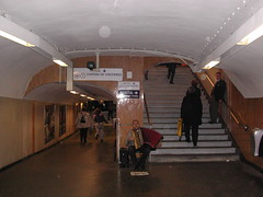 Metro Chatelet (Just Back) Tags: 2002 paris france chatelet metro stop stairs steps accordion music talent french richard chateau vincennes sortie song quickly waiting love again travel move sit chair tune melody life