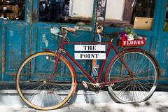 Tesoro #8 flores a la venta (elior3d) Tags: madrid bike vintage bicicleta rastro nx30mm tesorolvm juegolvm
