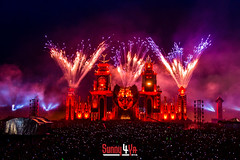 Defqon.1 2014 - WOW! (Sunny4ya.com) Tags: camping girls summer dutch festival night photography hands power weekend isaac firework confetti hour warriors nightlife lasershow survival rand ddm coone candys deepack fittest wildstylez edmlife wildmotherfuckers sunny4yacom teamvillain
