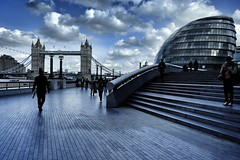 London skyline (paola ambrosecchia) Tags: london skyline sky clouds amazing beautiful people street city light shadow