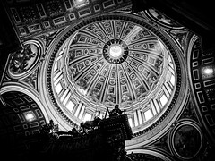 Inside the beautiful St. Peter's Basilica (Halibel14) Tags: rome italy stpetersbasilica city lightroom olympus epl1 vaticancity